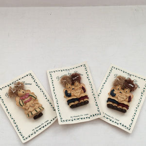 3 piece lot brooches best friends mom shabby chic